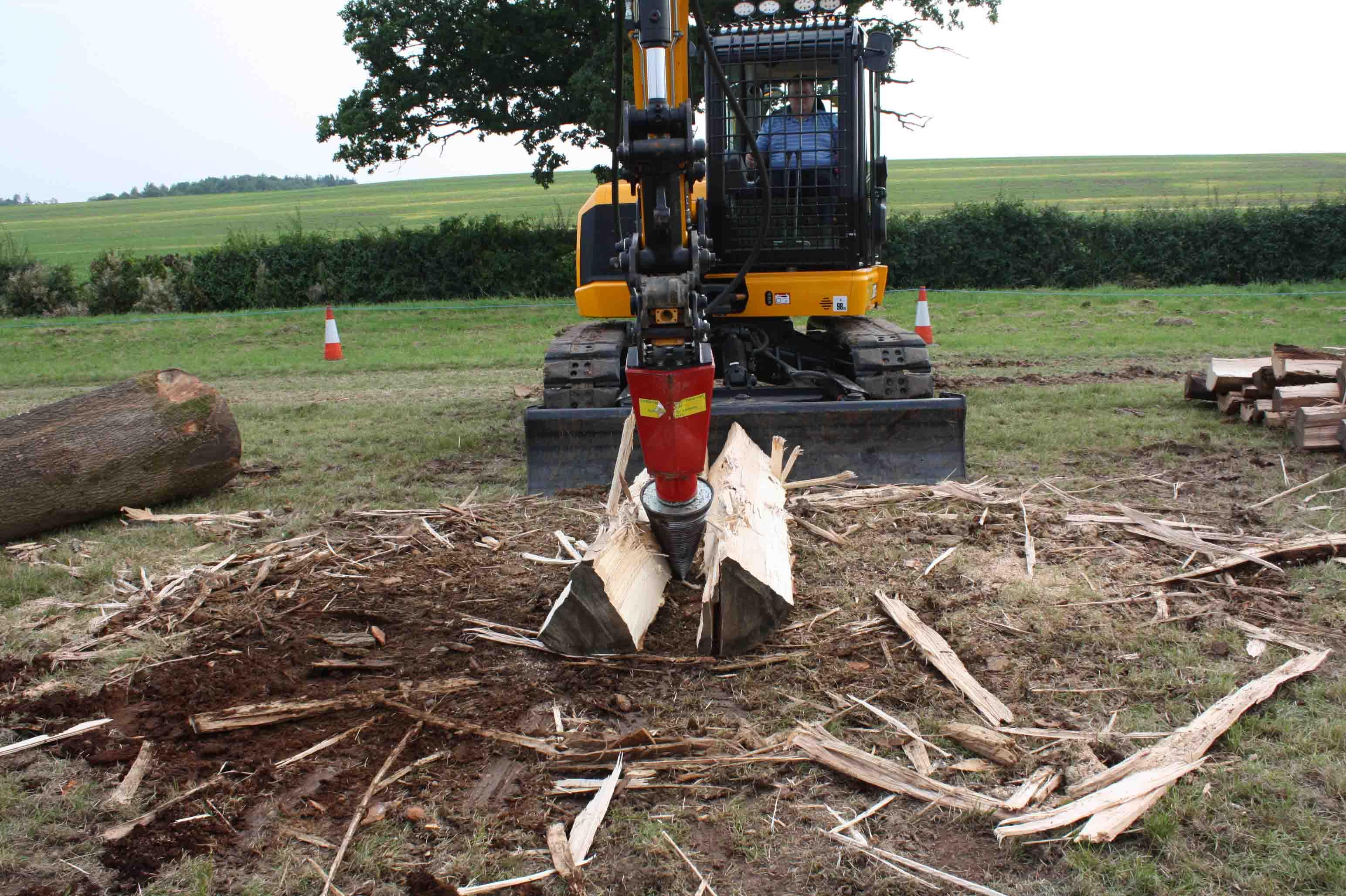 Log Splitter 30 Tonne